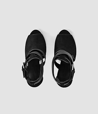 Mujer Benny Heel Sandal (Black) - product_image_alt_text_4