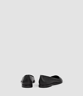 Mujer Rumi Shoe (Black) - product_image_alt_text_3