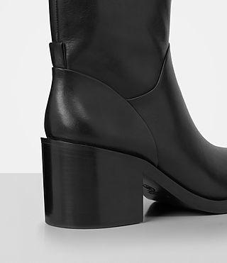 Women's Macarthur Chain Boot (Black) - product_image_alt_text_2