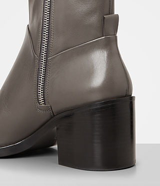Women's Macarthur Chain Boot (Dark Grey) - product_image_alt_text_2