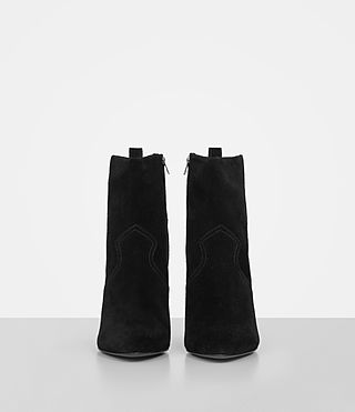 Mujer Madlyn Suede Boot (Black) - product_image_alt_text_4
