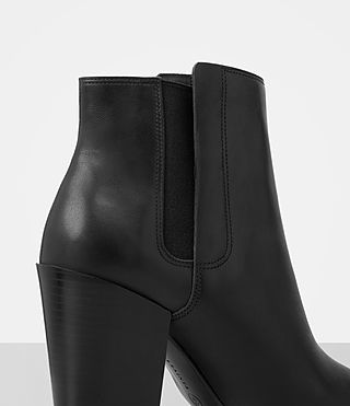 Women's Senta Ankle Boot (Black) - product_image_alt_text_2