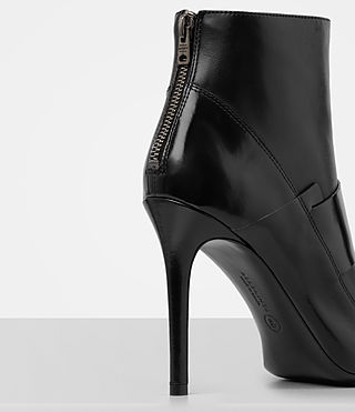 Womens Xavier Heel Boot (Black) - product_image_alt_text_2