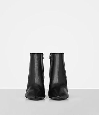 Women's Xaviera Boot (Black) - product_image_alt_text_4