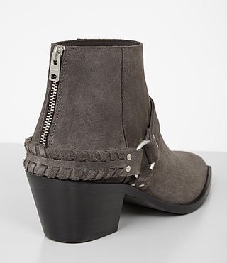 Damen Marley Suede Boot (WOOD BROWN) - product_image_alt_text_2