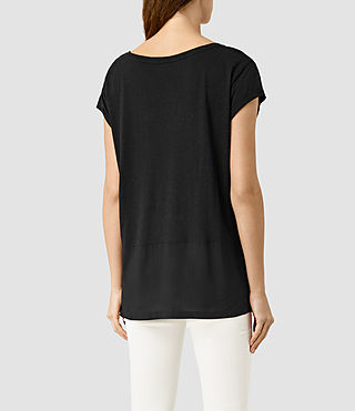 Mujer Louder Boyfriend Tee (Black) - product_image_alt_text_3