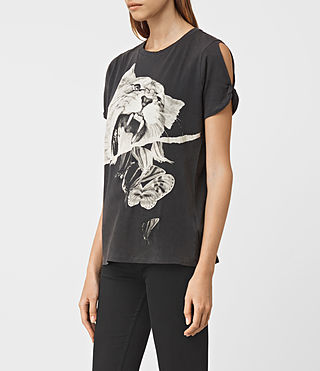 Womens Flutter Mazzy Tee (Washed Black) - product_image_alt_text_2