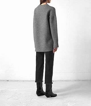 Mujer Long Naomi Jumper (Light Grey) - product_image_alt_text_4