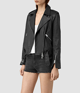 Mujer Braided Wyatt Biker Jacket (Black) - product_image_alt_text_3