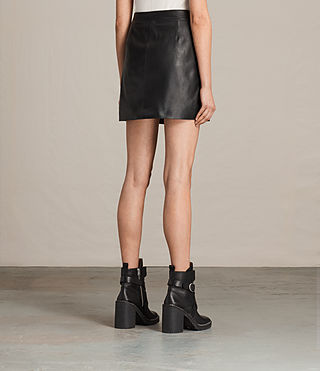 Mujer Setal Leather Skirt (Black) - product_image_alt_text_3