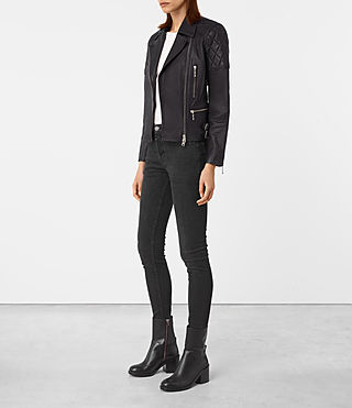 Mujer Armstead Leather Biker Jacket (Black) - product_image_alt_text_2