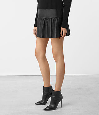 Damen Haslam Leather Skirt (Black) - product_image_alt_text_4