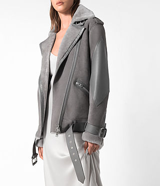 Donne Trip Shearling Biker Jacket (Light Grey) - product_image_alt_text_4