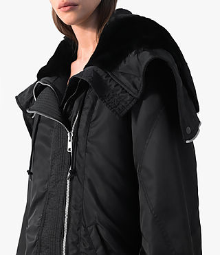 Donne Loop Parka (Black) - product_image_alt_text_2