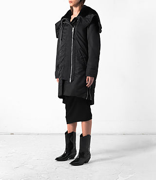 Donne Loop Parka (Black) - product_image_alt_text_3