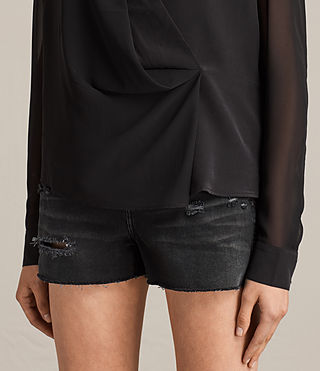Mujer Nile Silk Top (Black) - product_image_alt_text_2