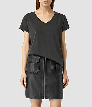 Mujer Addi V Tee (PIRATE BLACK) - product_image_alt_text_1