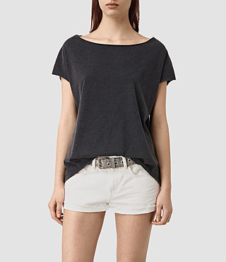 Femmes Slash Back Tee (Black) - product_image_alt_text_2