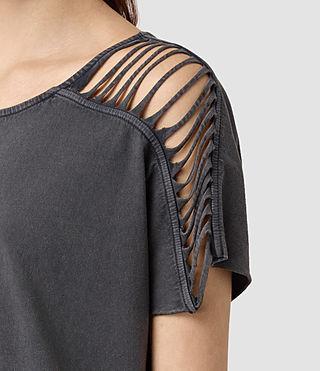 Femmes Slash Shoulder Tee (Black) - product_image_alt_text_2