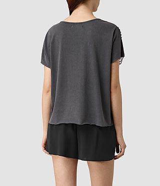Femmes Slash Shoulder Tee (Black) - product_image_alt_text_4