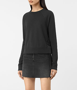 Mujer Leti Cropped Sweatshirt (Jet Black) - product_image_alt_text_2