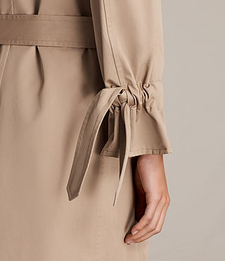 Mujer Gabardina Riley (SAND BROWN) - product_image_alt_text_2