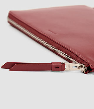 Damen Fleur De Lis Medium Leather Pouch (SAHARA RED) - product_image_alt_text_4