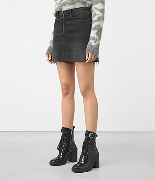 Mujer Jasper Denim Zip Skirt (Black) - product_image_alt_text_2