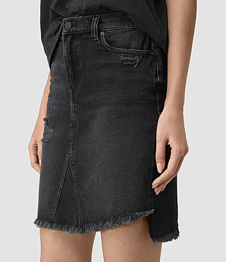 Damen Distressed Denim Skirt (Washed Black) - product_image_alt_text_5