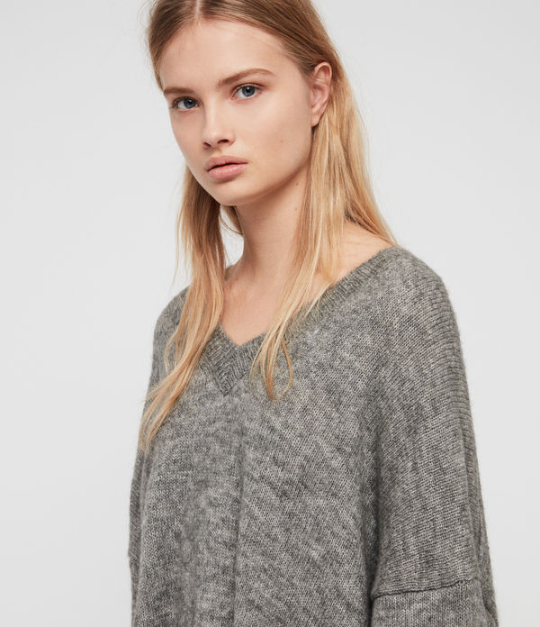 Aris V-Neck Jumper