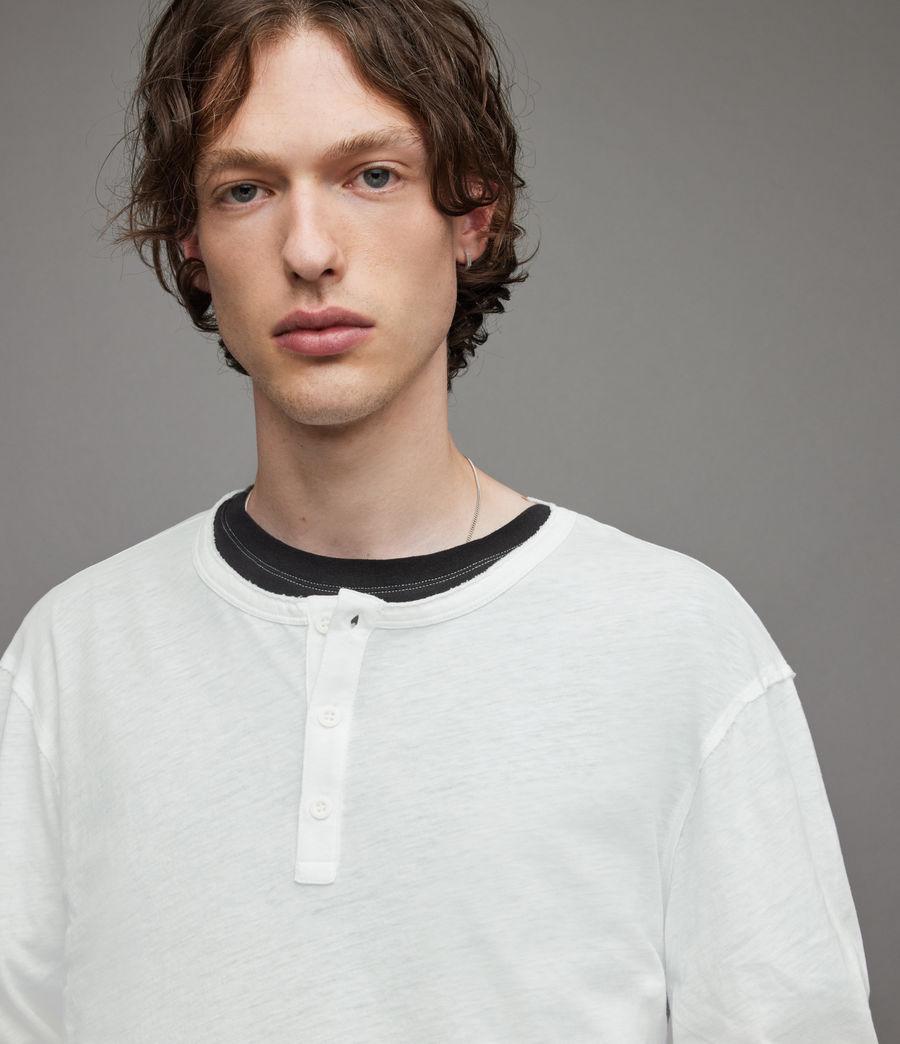 Herren Figure Long Sleeve Henley (optic_white) - Image 2
