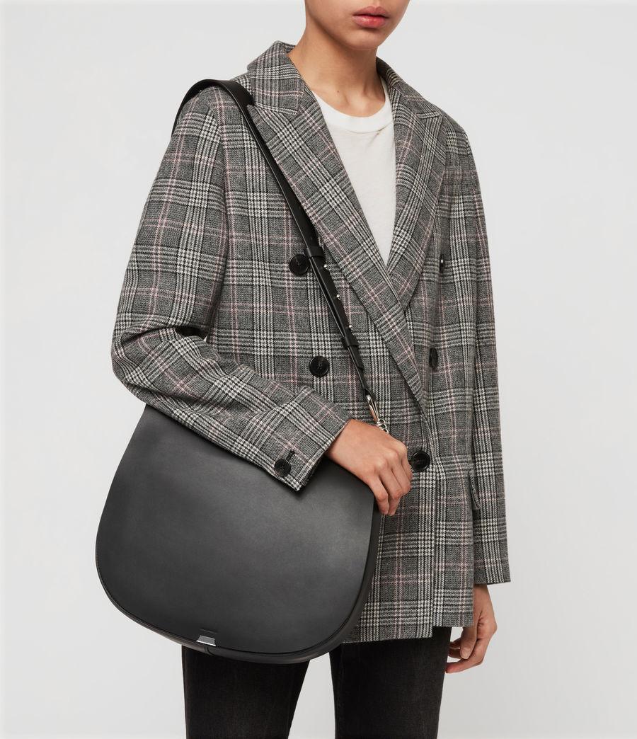 Women's Captain Leather Round Shoulder Bag (black) - Image 3