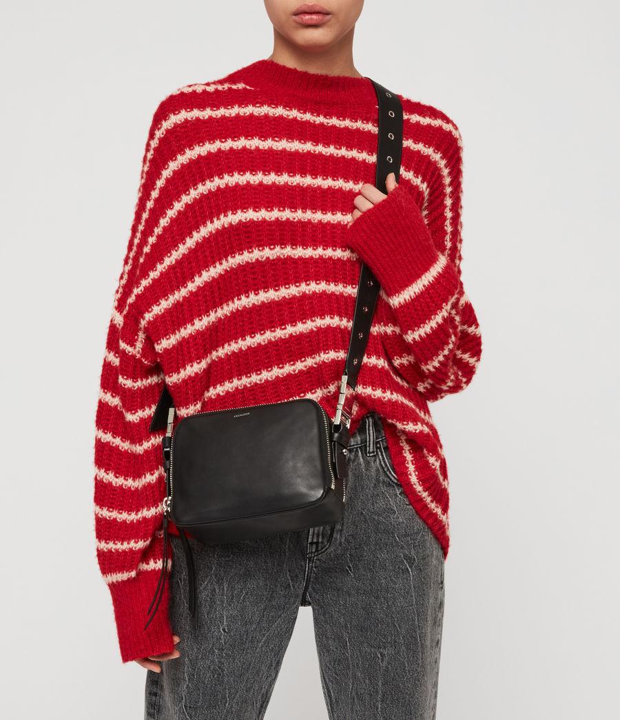 Women's Clip Leather Bumbag Crossbody Bag (black) - Image 3