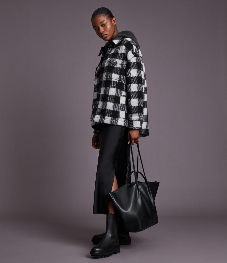 Women's Nadaline Leather East West Tote Bag (black) - Image 4