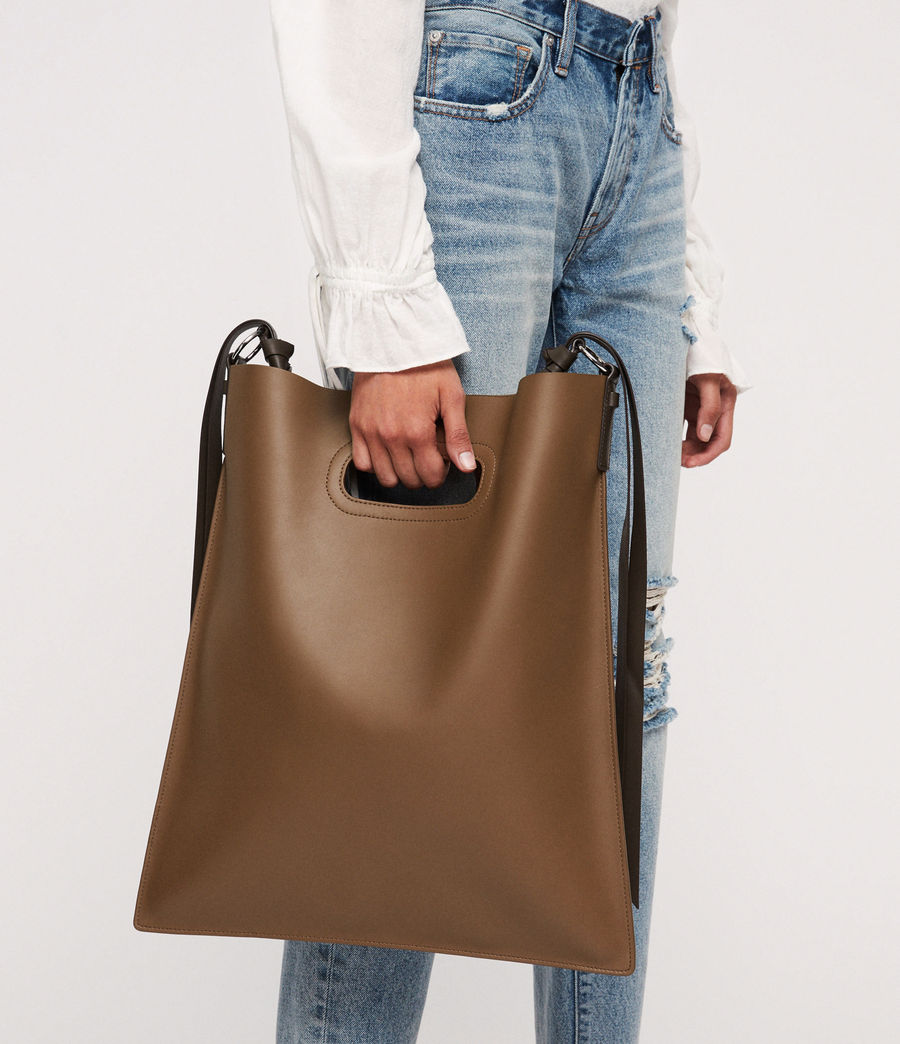 Donne Voltaire Leather Flat Hobo Bag (luggage_chocolate) - Image 2
