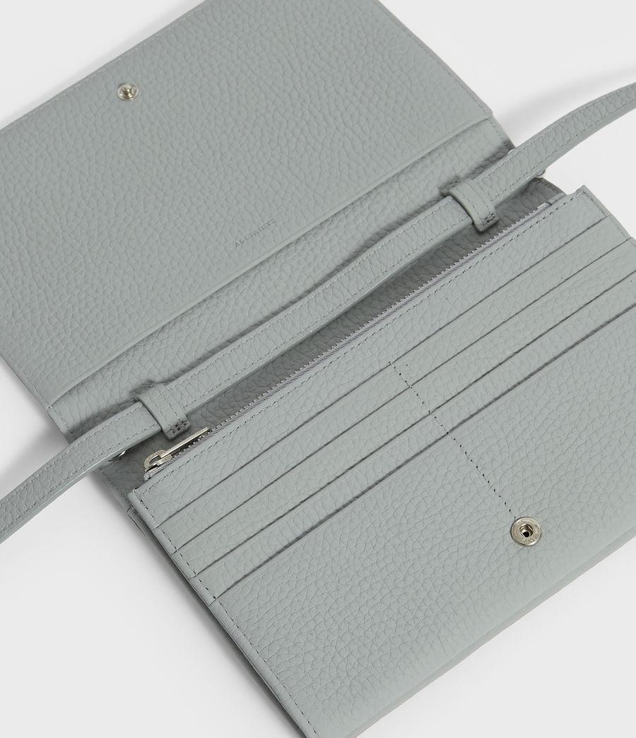 Women's Fetch Leather Chain Wallet Crossbody Bag (multi_sky_blue) - Image 4