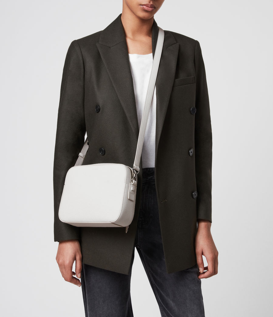 Mujer Captain Lea Leather Square Crossbody Bag (chalk_white) - Image 2