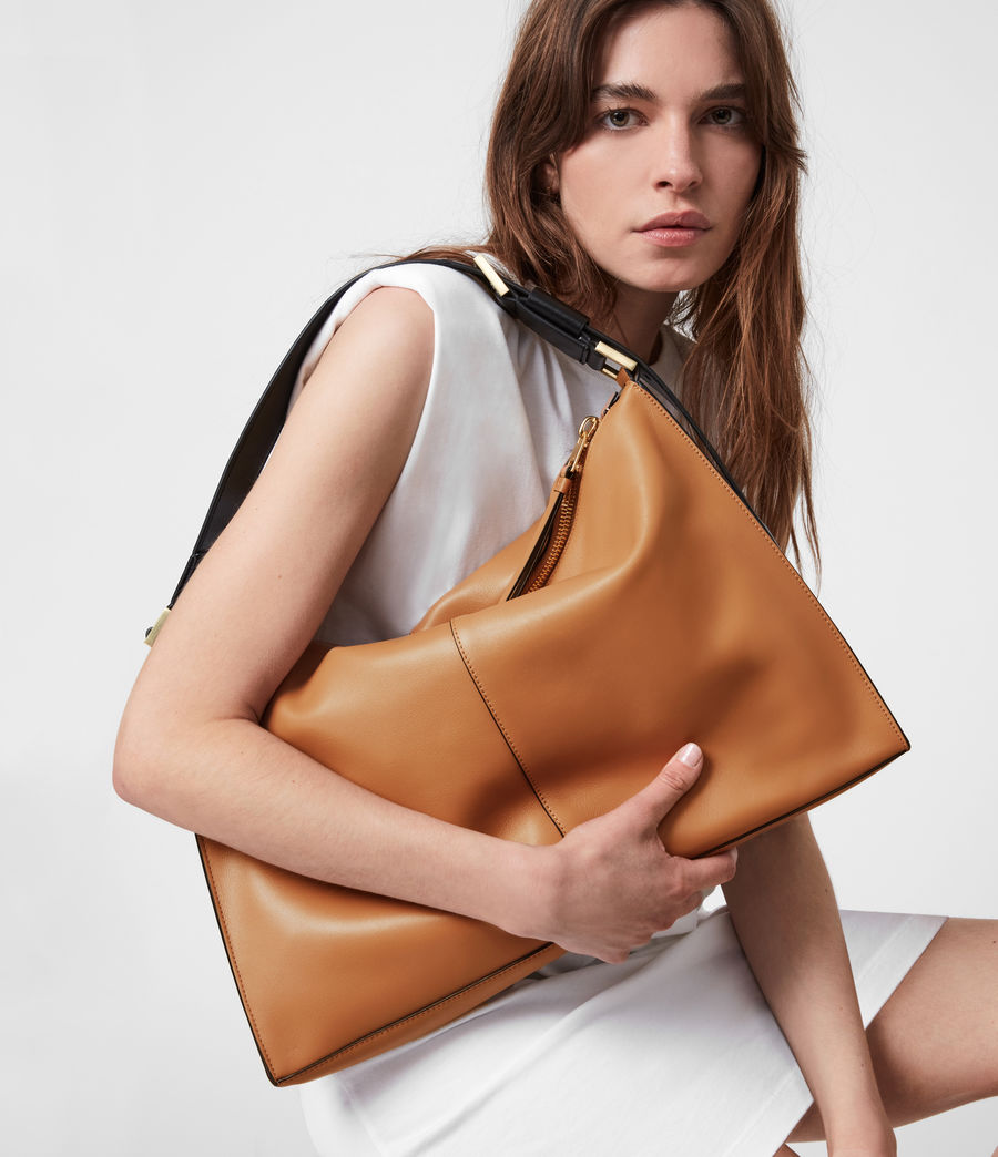 Femmes Edbury Leather Shoulder Bag (desert_tan) - Image 1