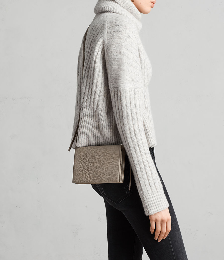 Women's Fetch Leather Wallet Crossbody (taupe_grey) - Image 2
