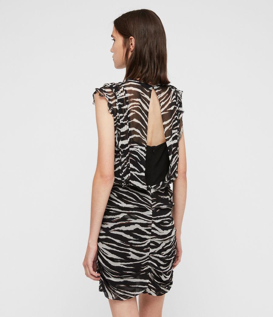 Mujer Hali Tiger Dress (black_chalk) - Image 5