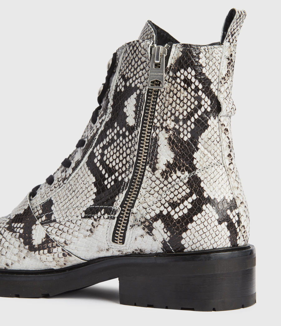 Mujer Donita Snake Leather Boots (black_white) - Image 4