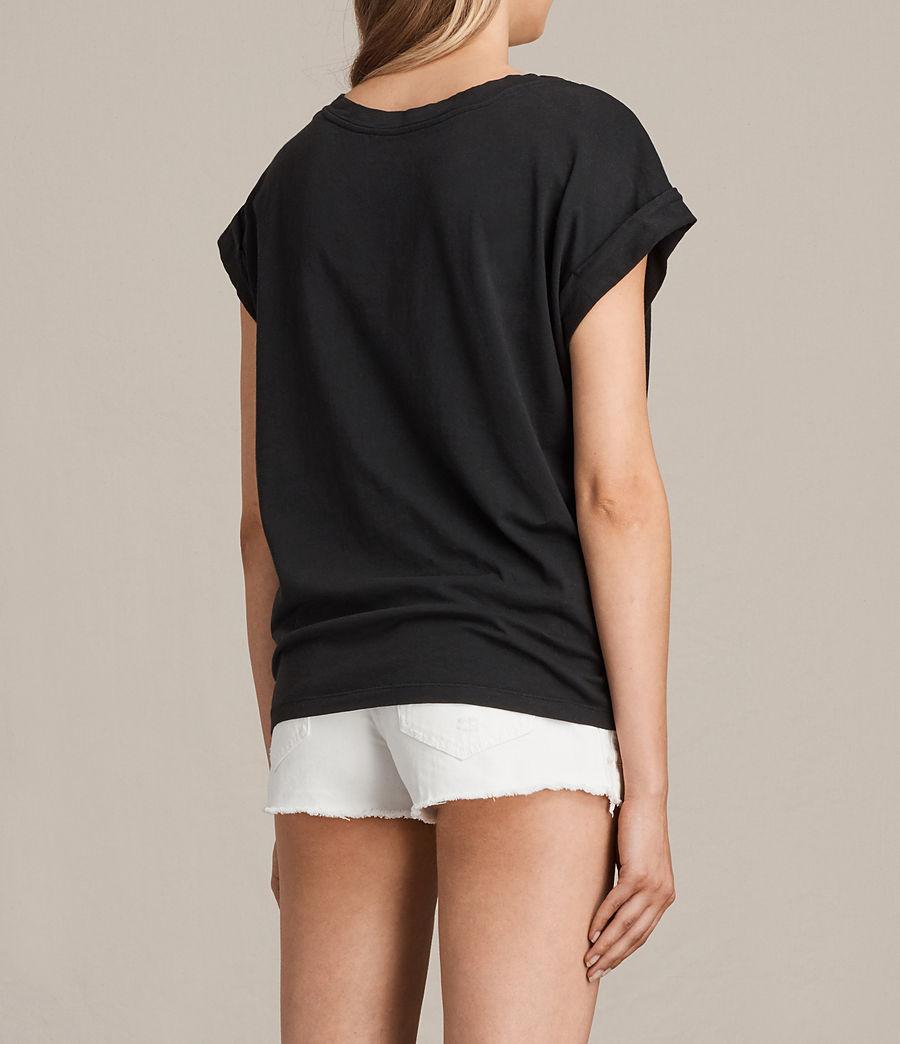 Womens Benin Pina T-Shirt (fadeout_black) - Image 4