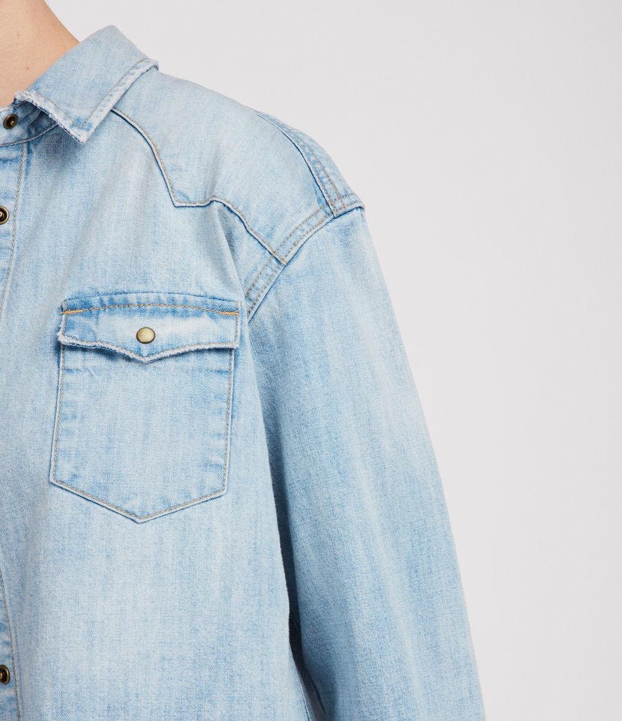 Mujer Camisa Cropped Cannon (indigo_blue) - Image 4