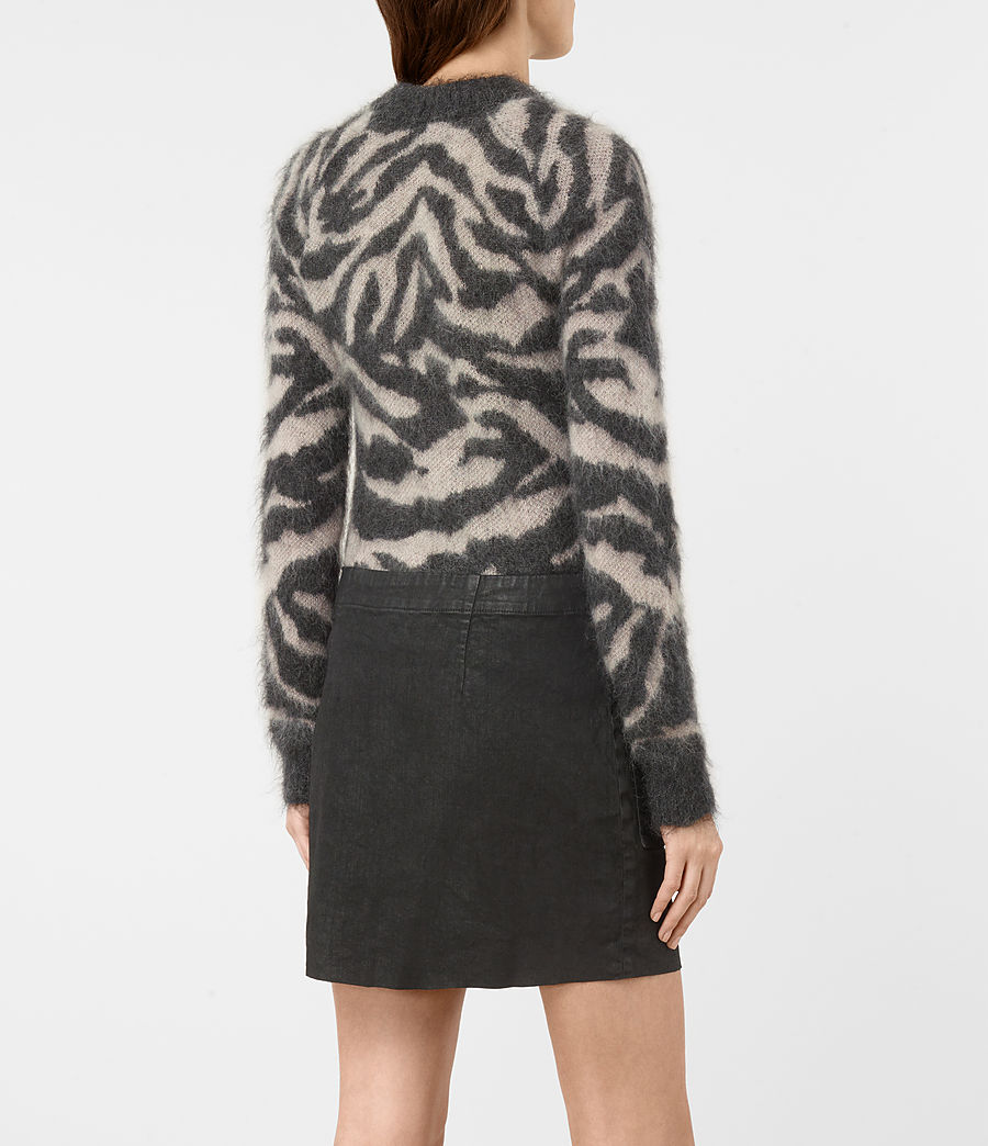 Mujer Quant Cropped Tiger Sweater (charcoal_grey) - Image 4