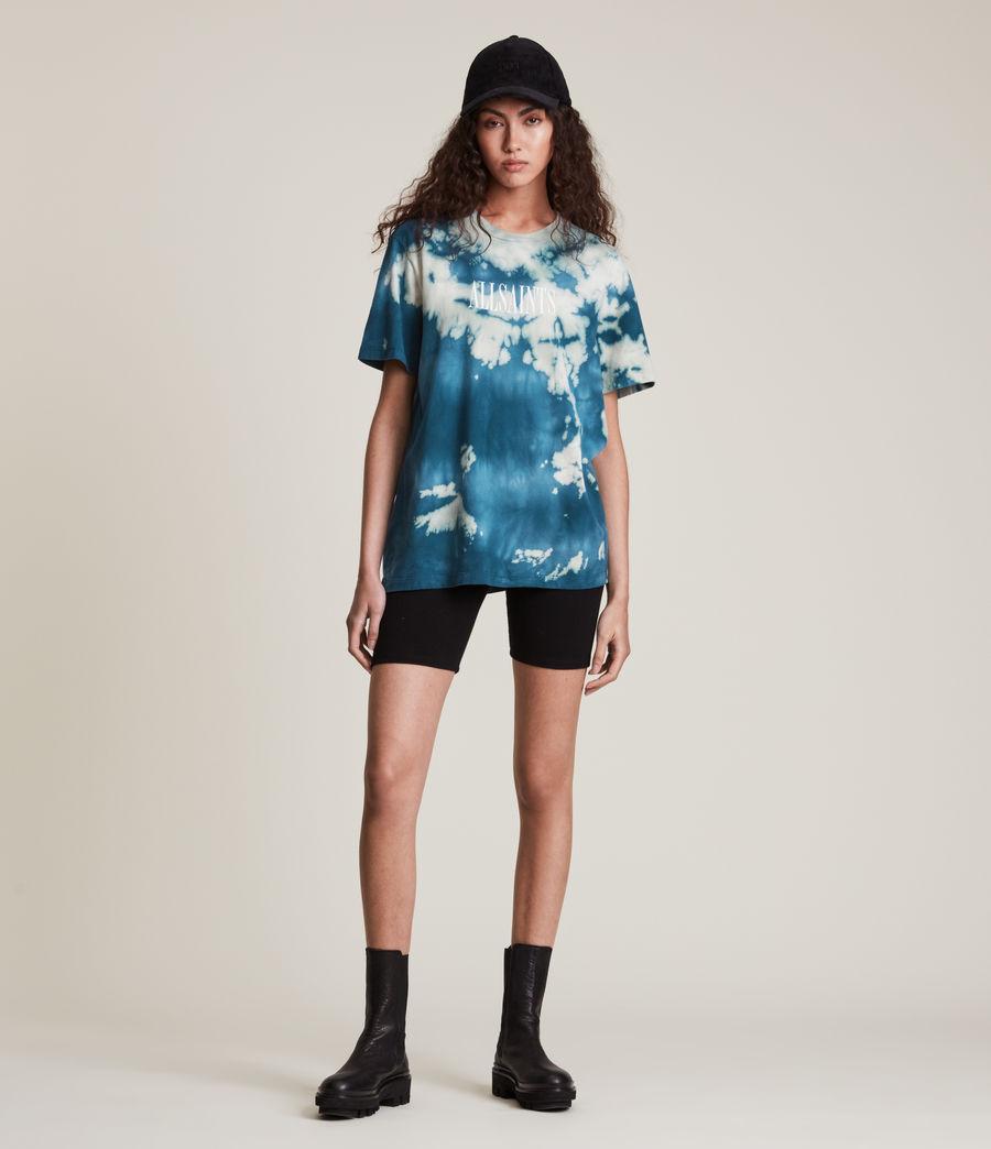 Damen Stamp Tie Dye Boyfriend T-Shirt (moonshadow_blue) - Image 1