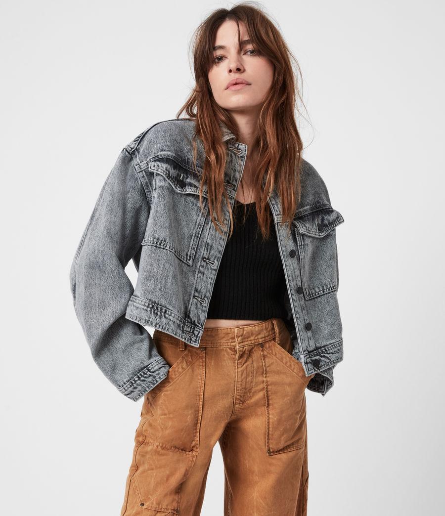Femmes Lennon Cropped Denim Jacket (snow_wash_grey) - Image 4