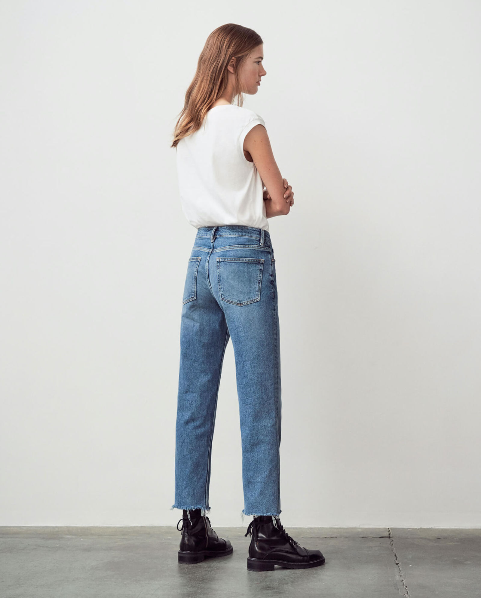 Discover our Harper jeans.
