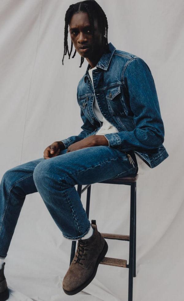 Shopper la collection de jeans pour homme.