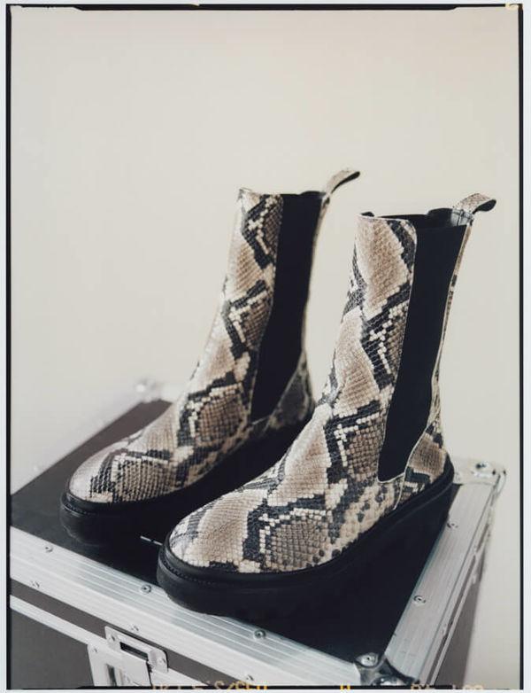 Shop die Billie Snake Stiefel.