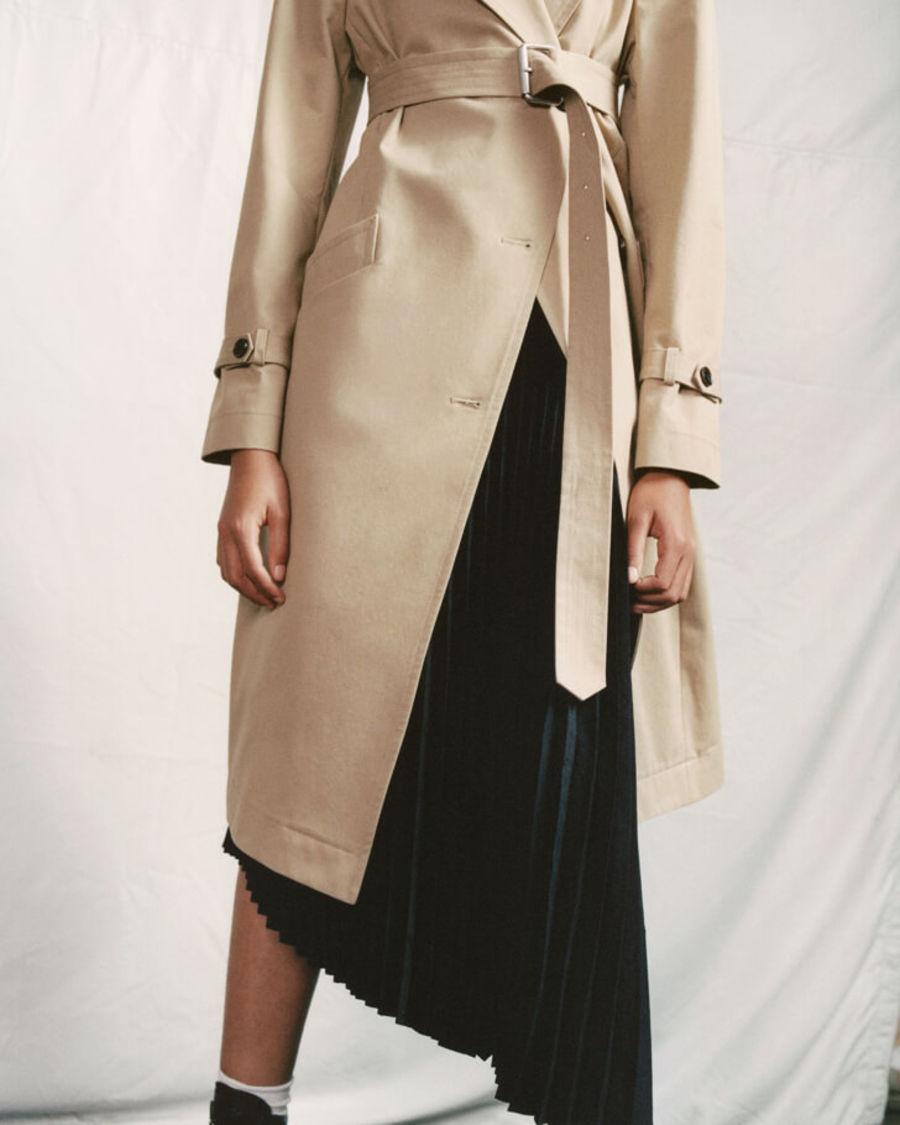 Discover the Chiara Coat.